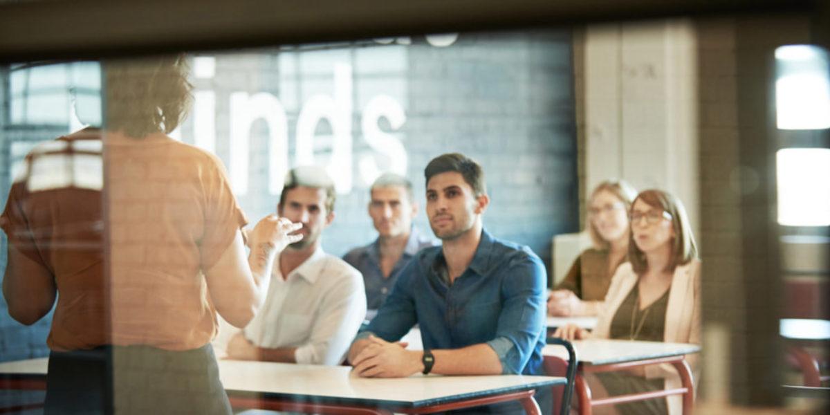 APPRENTISSAGE FACILITE AVEC DES TECHNIQUES COMME LA CLASSE INVERSEE